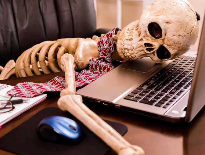 Cómo volver a emplear una lista de emails muerta