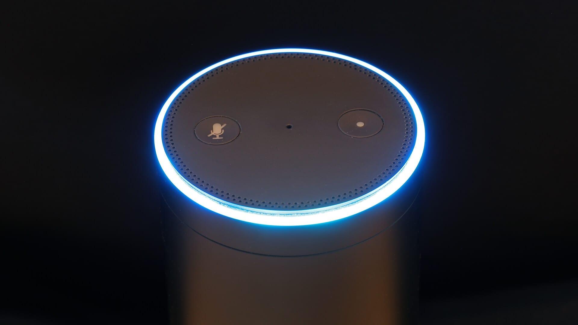 Yext integra listas de empresas locales en Amazon Alexa