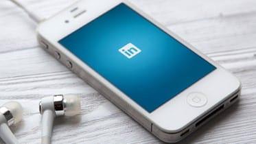 Guía SEO para optimizar su perfil de LinkedIn para más conexiones