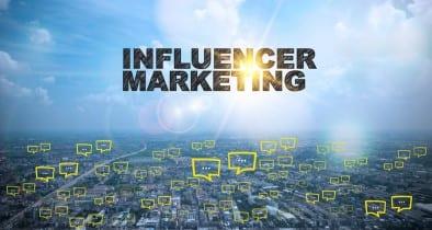 Una nueva forma de pensar en influencers de los medios sociales